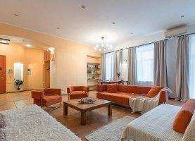 Снять - фото. Снять трехкомнатную квартиру посуточно без посредников, Санкт-Петербург, набережная реки Мойки, 30 - фото.