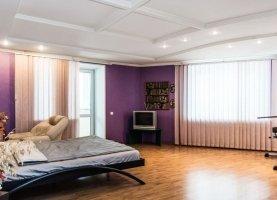 Продажа 3-ком. квартиры, 127 м2, Екатеринбург, улица Мичурина, 239