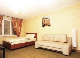 Снять - фото. Снять трехкомнатную квартиру посуточно без посредников, Москва, улица Цюрупы, 15к3 - фото.